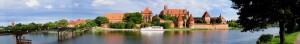 Zamek w Malborku i miasto z cegły