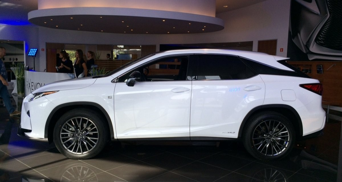 Lexus RX – 17 ciekawostek o luksusowym crossoverze