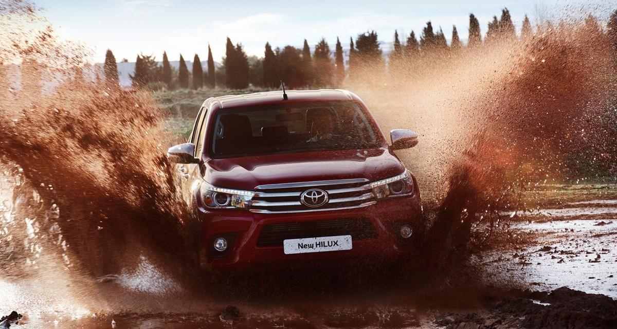 Nowy Hilux – Toyota prezentuje najnowszego pick-upa
